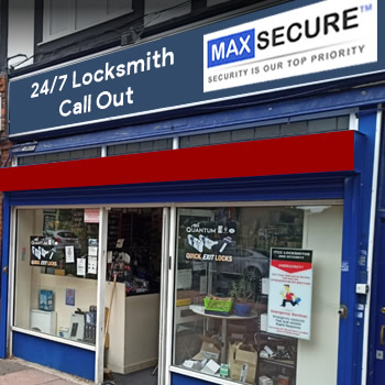 Locksmith store in Holloway